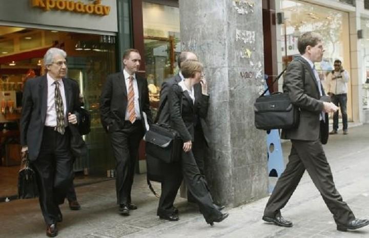 Οι... τροικανοί ξανάρχονται - Πότε θα εμφανιστούν οι εκπρόσωποι των θεσμών στα υπουργεία