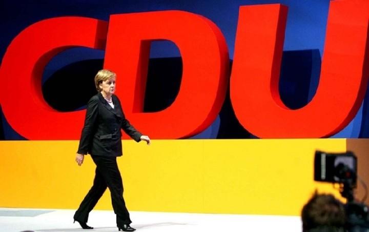 Περίπου 50 βουλευτές της CDU/CSU εκτιμάται ότι θα ψηφίσουν «όχι» την Παρασκευή
