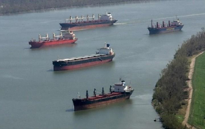 ΕΛΣΤΑΤ: Μειωμένος κατά 2,2% ο εμπορικός στόλος τον Μάιο