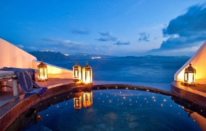 Ένα ελληνικό ανάμεσα στα 10 πιο ρομαντικά νησιά στον κόσμο
