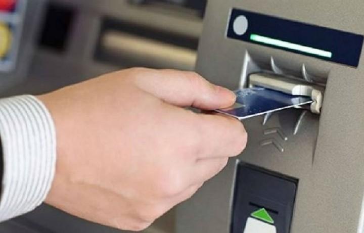 Όλα όσα πρέπει να γνωρίζετε σήμερα για τα ATMs, τις θυρίδες και τους τραπεζικούς λογαριασμούς