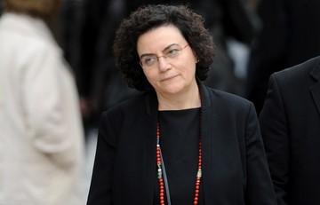 Η Βαλαβάνη ευχήθηκε καλή τύχη στους νέους υπουργούς - Αναφέρθηκε στα 200.000 ευρώ