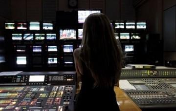 Κατατίθεται το νομοσχέδιο για τις τηλεοπτικές άδειες