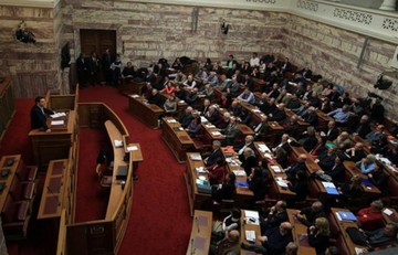 Ενημέρωση των βουλευτών του ΣΥΡΙΖΑ απόψε στη Βουλή