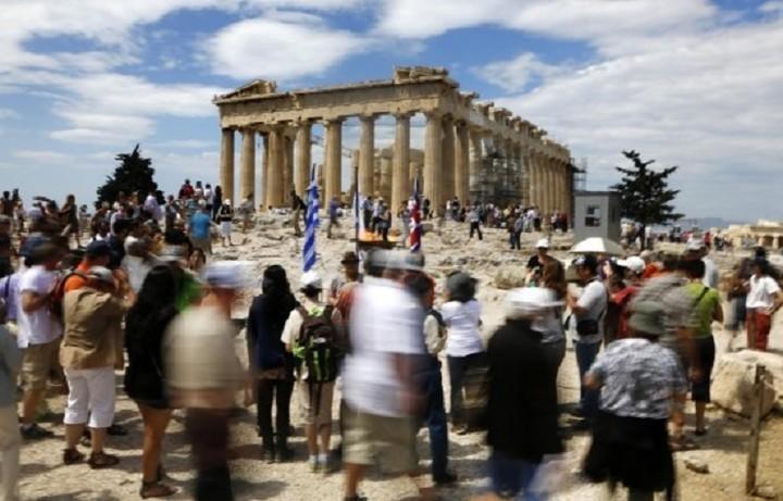 Ποιοι λαοί προτιμούν την Ελλάδα για διακοπές - Πόσο έχει αλλάξει η προτίμηση των Γερμανών