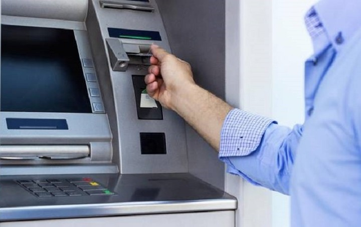 Reuters: Τα capital controls θα διαρκέσουν για αρκετούς μήνες ακόμη