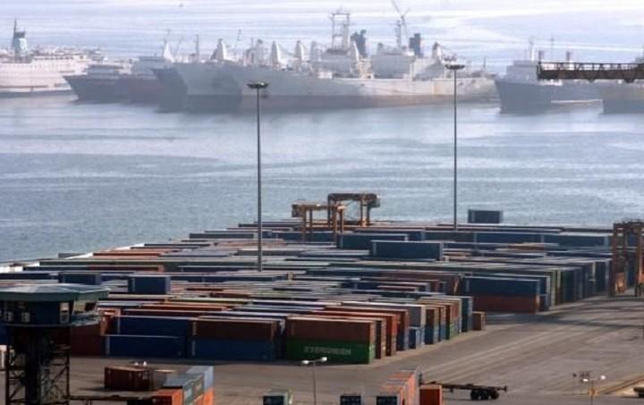 ΣΕΠ: Έκπτωση 30% στην αποθήκευση εμπορευμάτων στο λιμάνι του Πειραιά