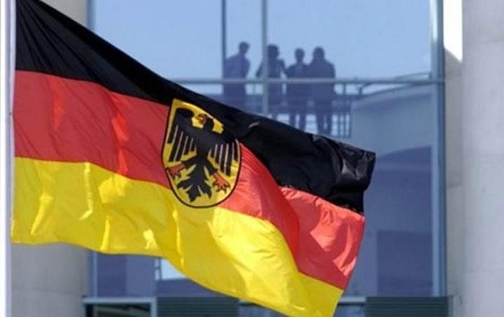Γερμανικό ΥΠΟΙΚ:  Για το «κούρεμα» του χρέους ισχύει η απόφαση της 12ης Ιουλίου