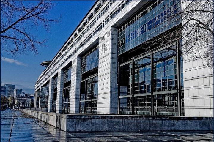 Το κυβερνητικό κλιμάκιο επισκέφτηκε το γαλλικό υπουργείο Οικονομικών