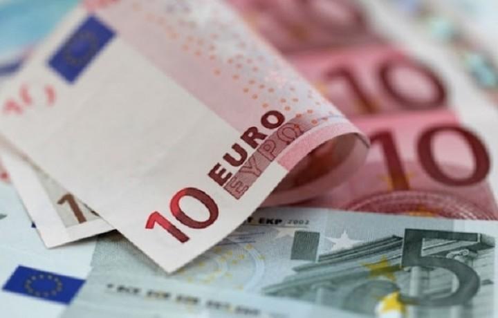 «Ανάσα» στα capital controls - Ανάληψη των 420 ευρώ οποιαδήποτε ημέρα της εβδομάδας