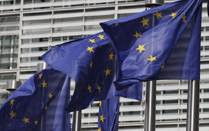 Κομισιόν: Πρόγραμμα 54 εκατ. ευρώ για θέσεις εργασίας σε Ελλάδα και Κύπρο