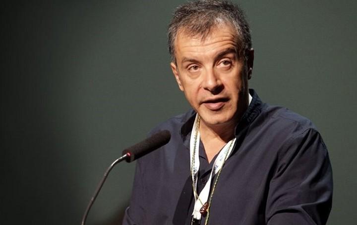 Θεοδωράκης: Ο Τσίπρας πρέπει να κινηθεί με τόλμη για τη λύση των μεγάλων προβλημάτων