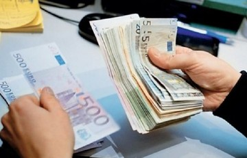 Αυξήσεις - σοκ στα μπλοκάκια και νέα αύξηση της έκτακτης εισφοράς