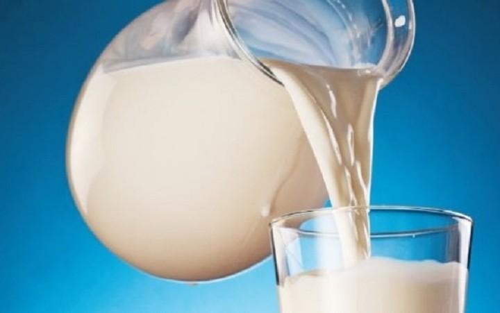 Τον Σεπτέμβριο σε λειτουργία οι αυτόματοι πωλητές γάλακτος - Πού θα λειτουργήσουν