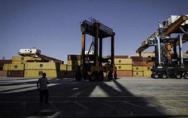 ΟΛΠ: Έκπτωση 50% στα εμπορευματοκιβώτια που δεν παραλήφθηκαν λόγω τραπεζικής αργίας