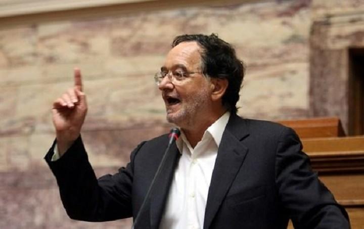 Λαφαζάνης: Κανείς βουλευτής του ΣΥΡΙΖΑ να μην υπογράψει το «τρίτο μνημόνιο»