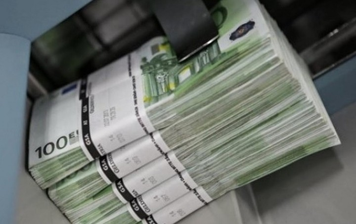 Guardian: Άνοιξε ο δρόμος για δεύτερο δάνειο - γέφυρα εάν η Ελλάδα το ζητήσει