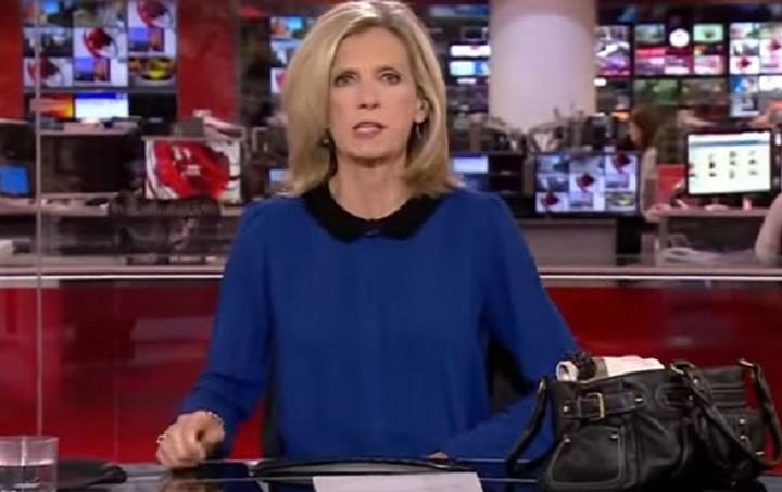 Παρουσιάστρια του BBC χτενιζόταν... «στον αέρα» (Βίντεο)