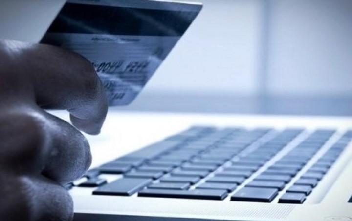 Τι ισχύει για αγορές στο internet με πιστωτική, χρεωστική ή προπληρωμένη κάρτα