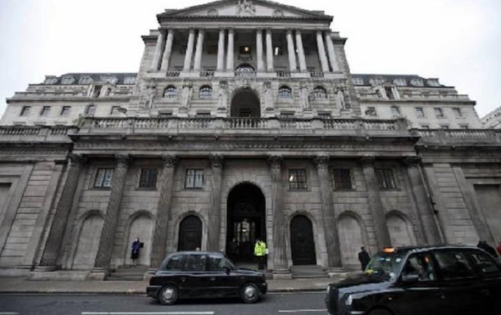 Μόνο ένας αξιωματούχος της Τράπεζας της Αγγλίας τάχθηκε υπέρ της αύξησης των επιτοκίων