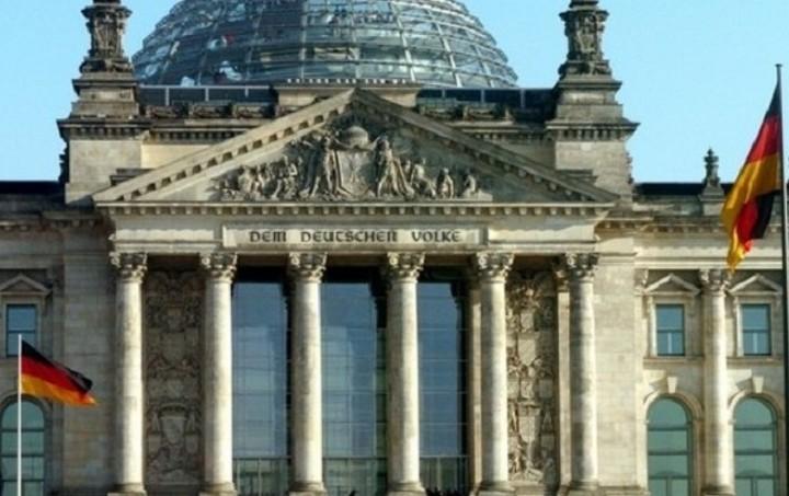 Βερολίνο: Η πληρότητα προηγείται της ταχύτητας
