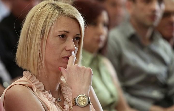 Μακρή:«Δεν θα είμαι ξανά υποψήφια με ΣΥΡΙΖΑ, αλλά θα στοιχιζόμουν δίπλα στον Λαφαζανη»