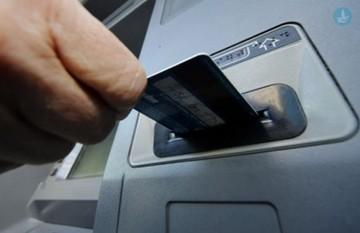 Όλο και περισσότεροι Έλληνες χρησιμοποιούν εναλλακτικά νομίσματα λόγω capital controls