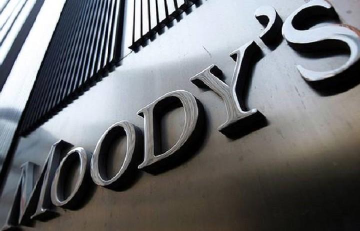 Μοοdy's: Δύσκολη η εφαρμογή του προγράμματος λόγω πολιτικών εξελίξεων