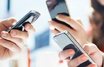Αύξηση «σοκ» στις πωλήσεις κινητών τηλεφώνων εν μέσω κρίσης