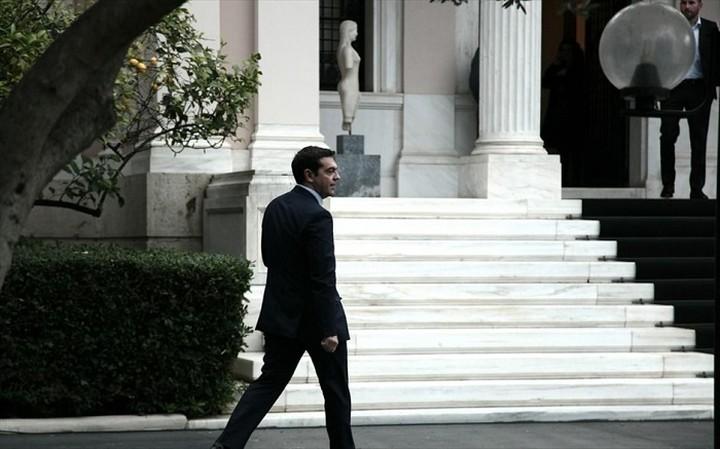 Συνάντηση Τσίπρα με κομματικά και κυβερνητικά στελέχη του ΣΥΡΙΖΑ