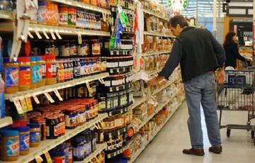«Ουρές» από Δευτέρα στα supermarket – Η νέα πελατεία
