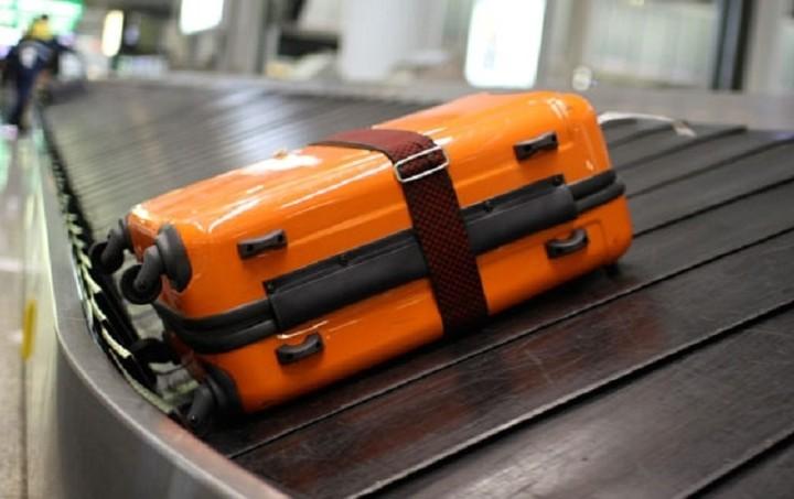 Πού πάει η βαλίτσα μας όταν την παραδίδουμε στο αεροδρόμιο; Η απίστευτη διαδρομή μέχρι το αεροπλάνο (Video)