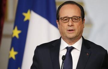 Ολάντ: Ο Τσίπρας είναι θαρραλέος επειδή είχε το κουράγιο κρατήσει τη χώρα του στο ευρώ