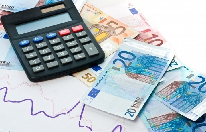 Πώς φορολογούνται οι αμοιβές με «μπλοκάκι»