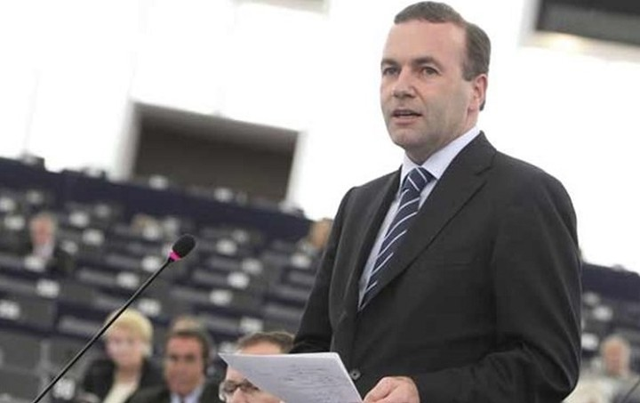 Βέμπερ: Χρειαζόμαστε αυστηρότερη φρούρηση των εξωτερικών συνόρων της ΕΕ