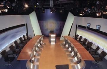 Αύριο στις 12  το ραντεβού των εκπροσώπων των κομμάτων για το ντιμπέιτ