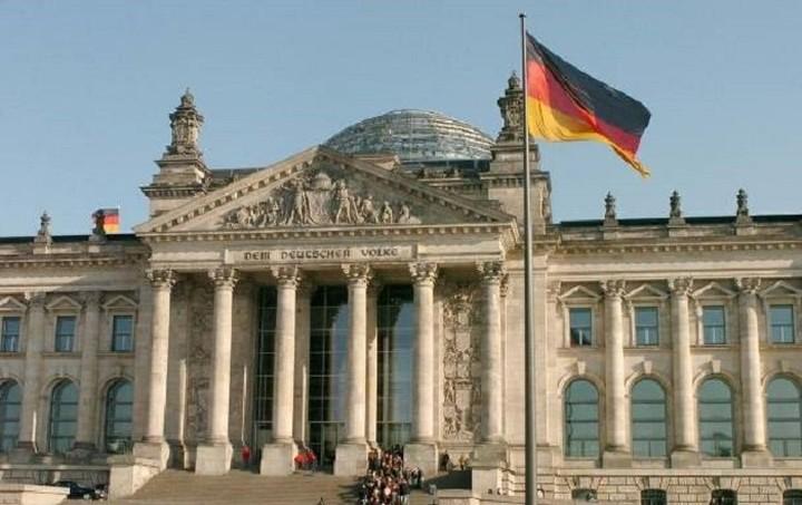 Γερμανία: Διπλασιάζουμε την οικονομική βοήθεια προς την Ελλάδα για το μεταναστευτικό