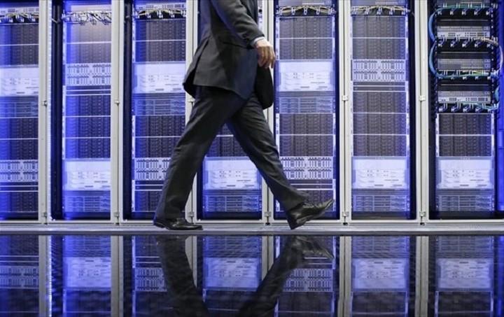 Αυστηρό μήνυμα Βρυξελλών: Όχι σε συμφωνία για το χρέος με... τη μισή Ελλάδα