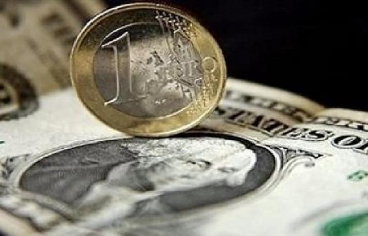 Ενισχύεται το ευρώ έναντι του δολαρίου