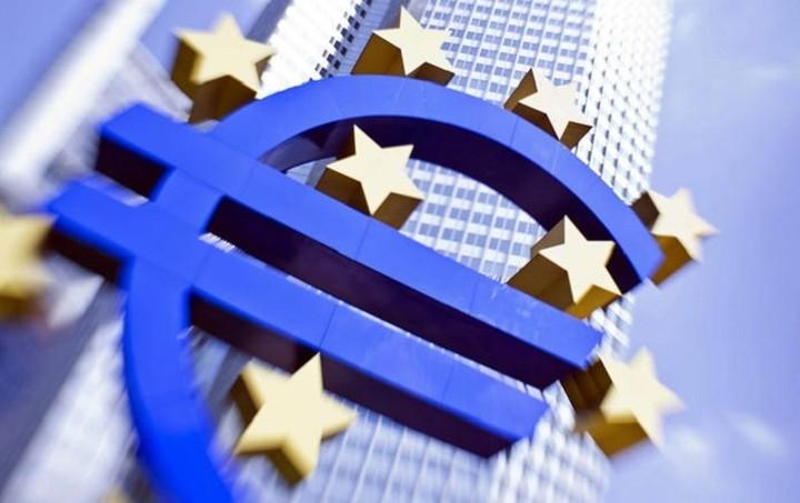 Η EKT μειώνει τον ELA για τις ελληνικές τράπεζες