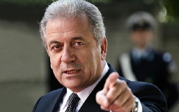 Αβραμόπουλος: Θα υπάρξει συμφωνία για μια αλληλέγγυα κατανομή των προσφύγων