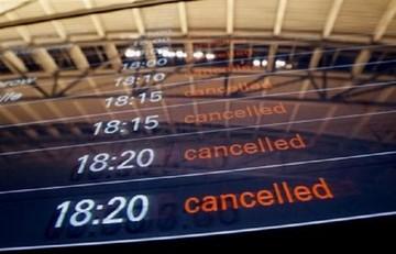 Νομοθετήθηκε η αποζημίωση στους επιβάτες για ματαιώσεις πτήσεων