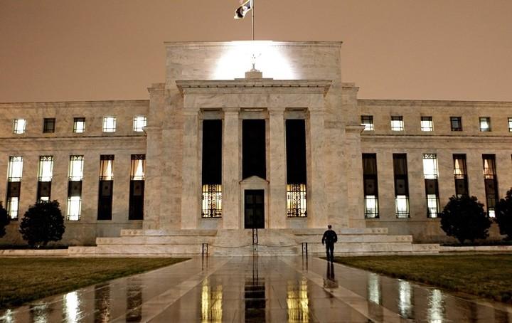 Η Fed έριξε το κόστος δανεισμού στην Ευρωζώνη