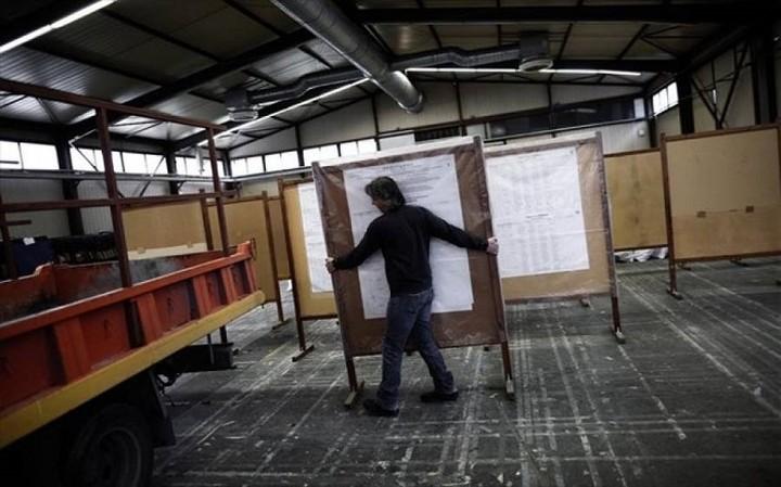 Τα εκλογικά κέντρα επισκέπτονται οι πολιτικοί αρχηγοί