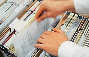 Το νέο «κόλπο» του δημοσίου για να πληρώνει τα χρέη τους στους ιδιώτες