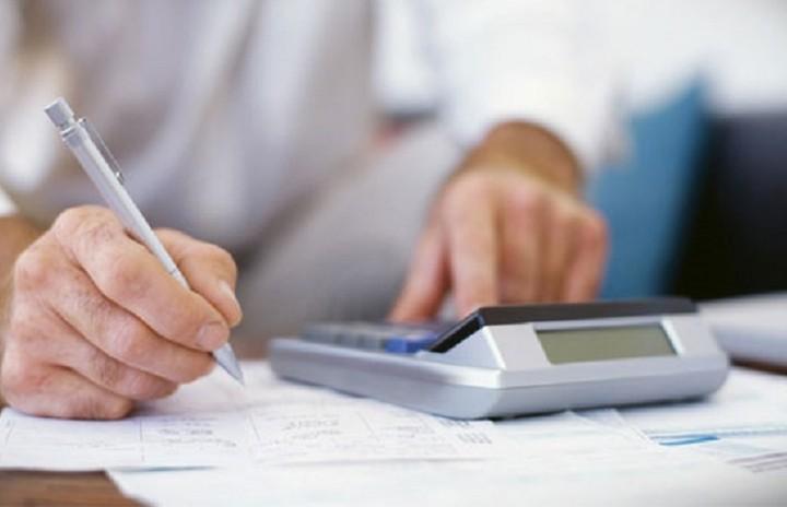 Δεύτερη δόση του φόρου εισοδήματος: Τι κερδίζετε αν πληρώνετε με κάρτα