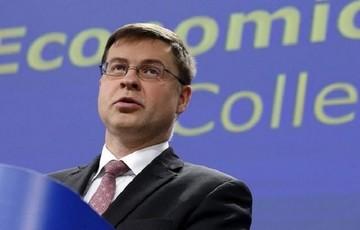 Ντομπρόβσκις: Η Ελλάδα θα επιστρέψει στην ανάπτυξη αν τηρήσει το μνημόνιο
