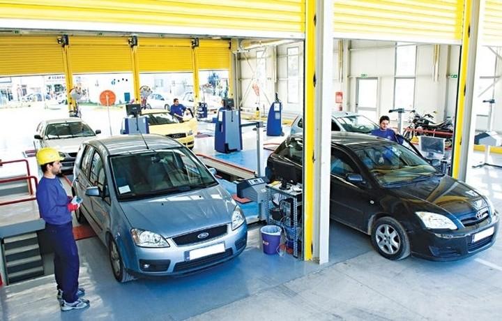 Ουρές στα ΚΤΕΟ για να προλάβουν οι οδηγοί την προθεσμία -Τα πρόστιμα που τρέχουν από αύριο