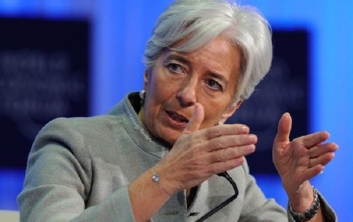Κατεβάζει τον πήχη της ανάπτυξης για την παγκόσμια οικονομία η Λαγκάρντ