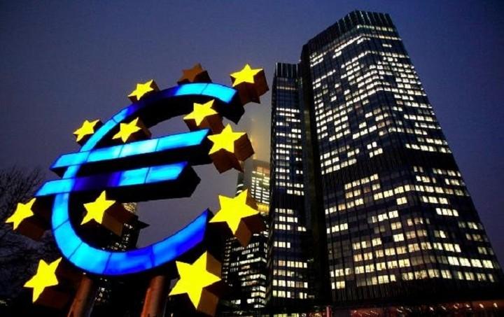ΕΚΤ: Mείωση των καθαρών υποχρεώσεων της Ελλάδας τον Αύγουστο